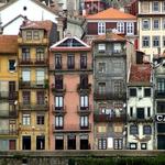 Casas à beira rio