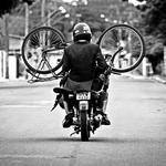 Sai da frente... Estou motorizado...