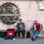Folk Entertainers