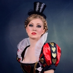 Queen of Hearts,3