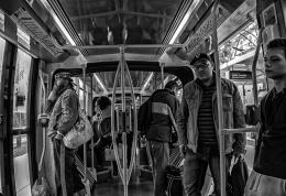 Paris - Metro Superfície - Interior - Abril