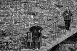 Nas escadas